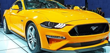 Motor oil designed for your 2018 FORD MUSTANG