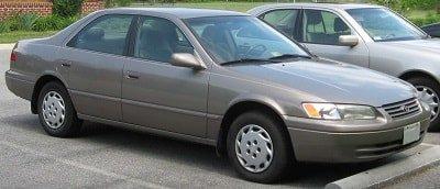 1997-1998-1999-2000-2001-2002-2003-toyota-camry-transmisson-oil-change-synthetic-min.jpg